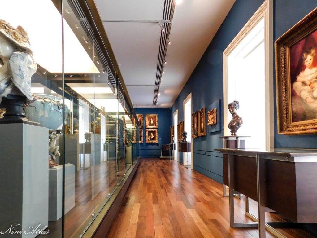 מוזיאון