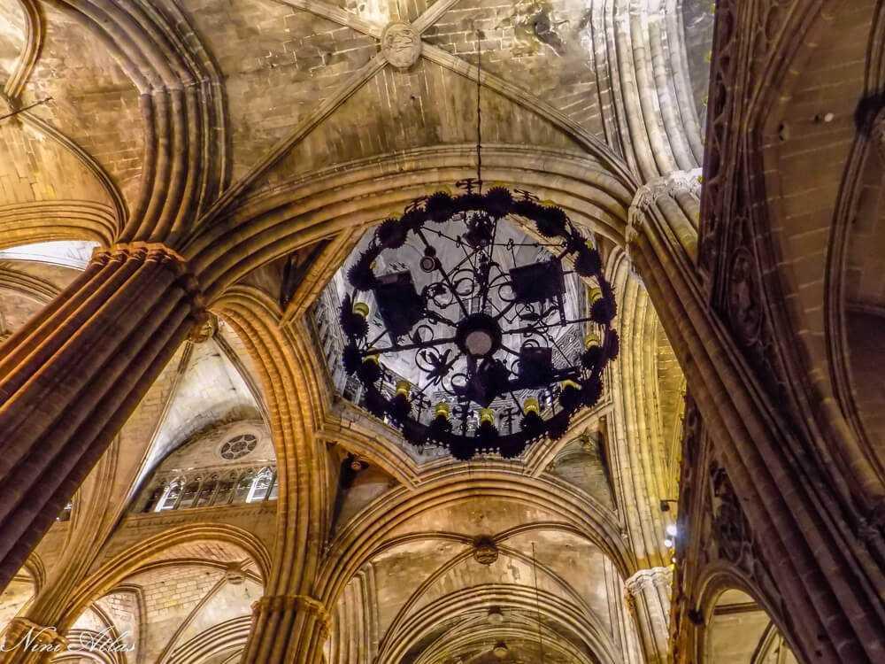 קתדרלת אולליה הקדושה תיקרה