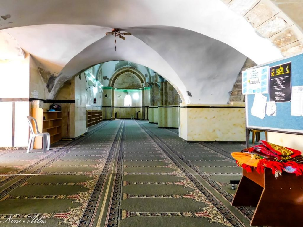 פנים המסגד הגדול רמלה