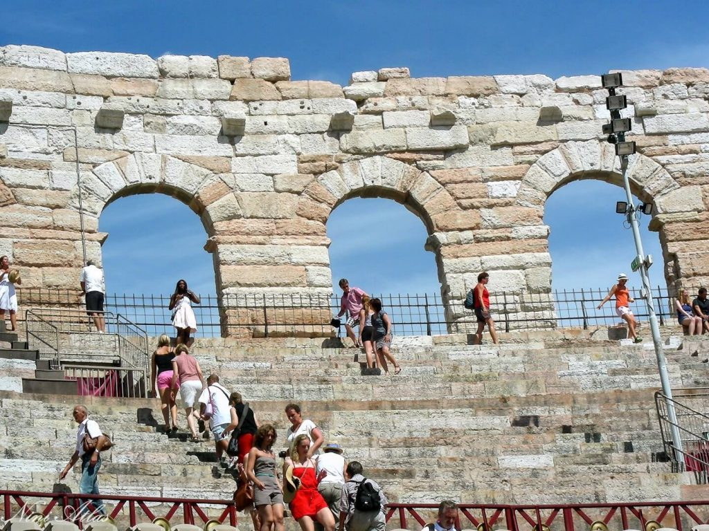 הארנה האמפיתיאטרון הרומאי השלישי בגודלו בעולם