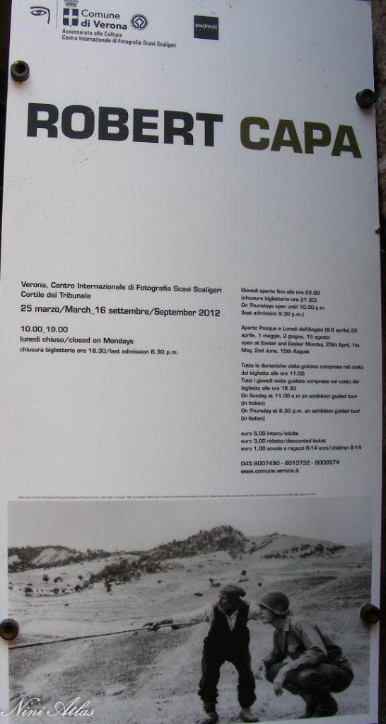 שלט לתערוכה של קאפה