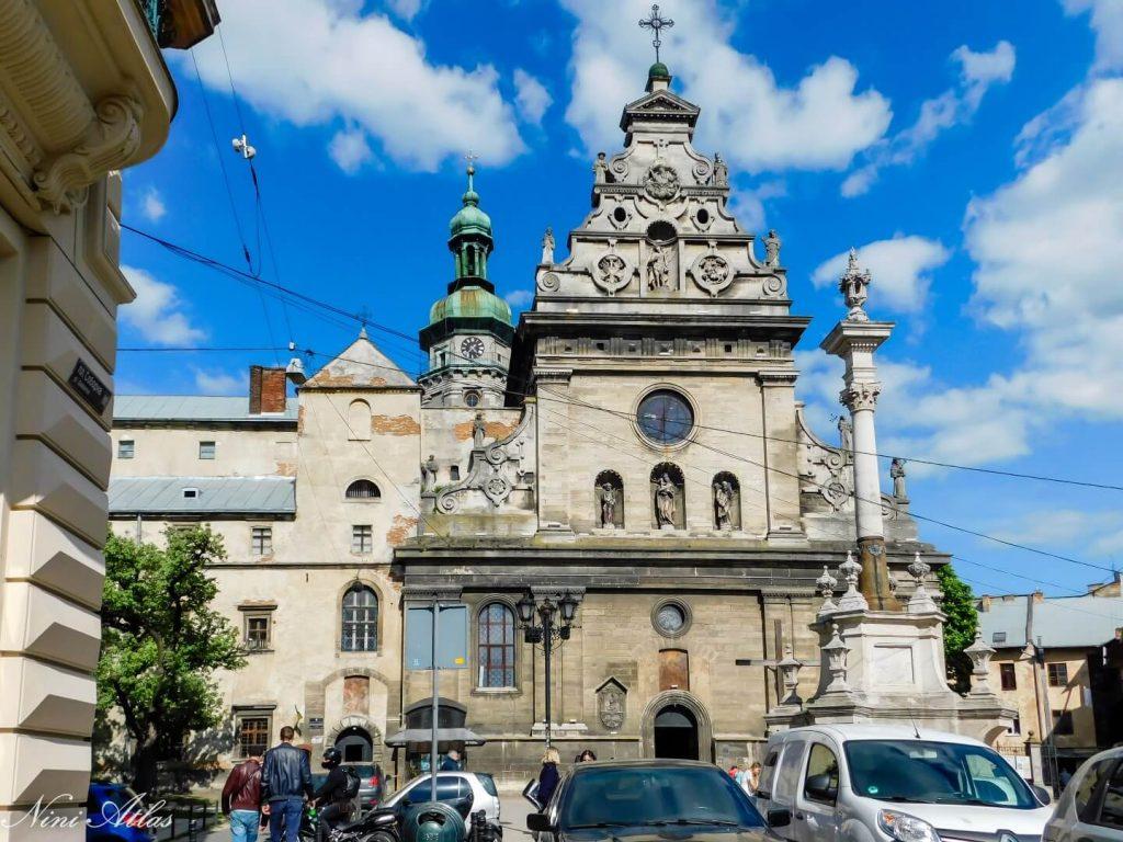 הכנסייה היוונית קתולית של סנט אנדרו ומנזר ברנדין לבוב