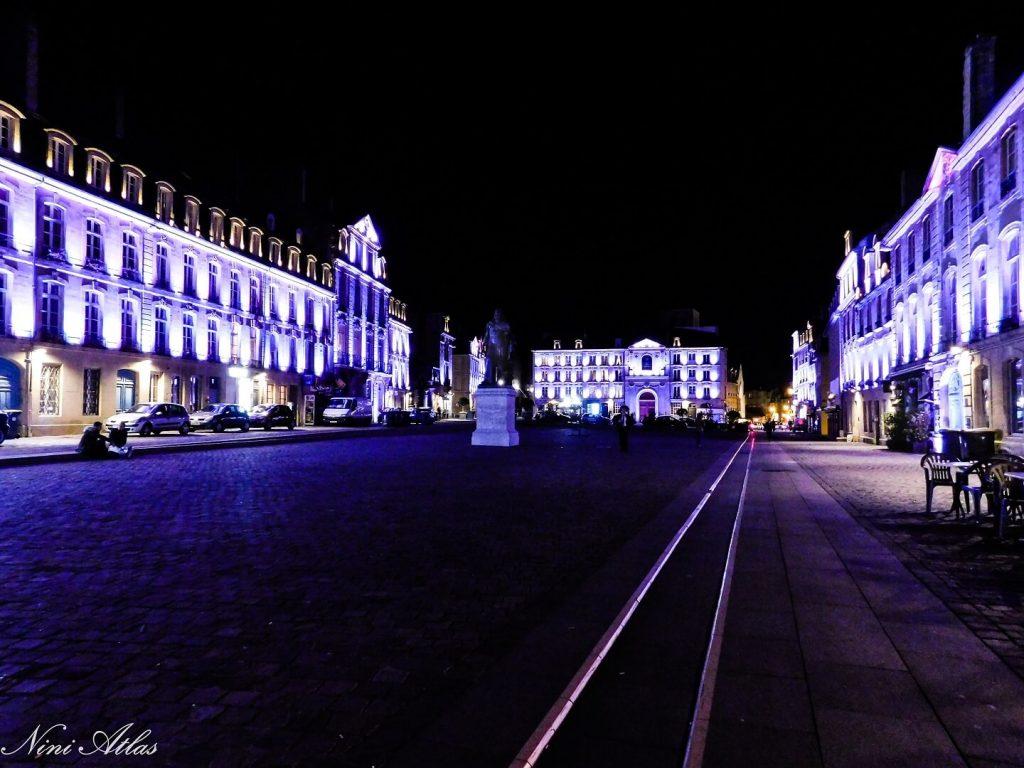 Place Saint-Sauveur