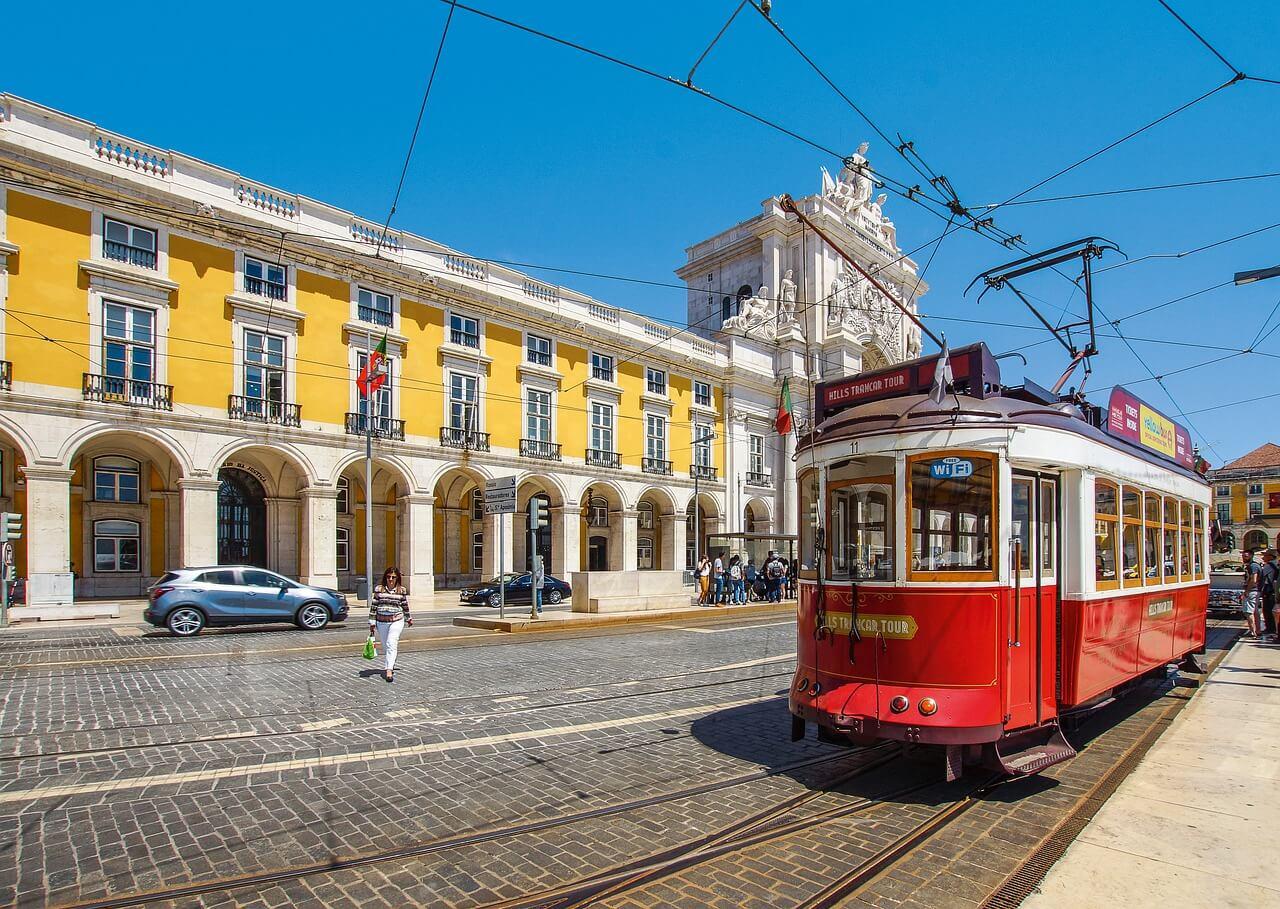 בין ליסבון לפורטו: טיילנו בפורטוגל וחזרנו לספר