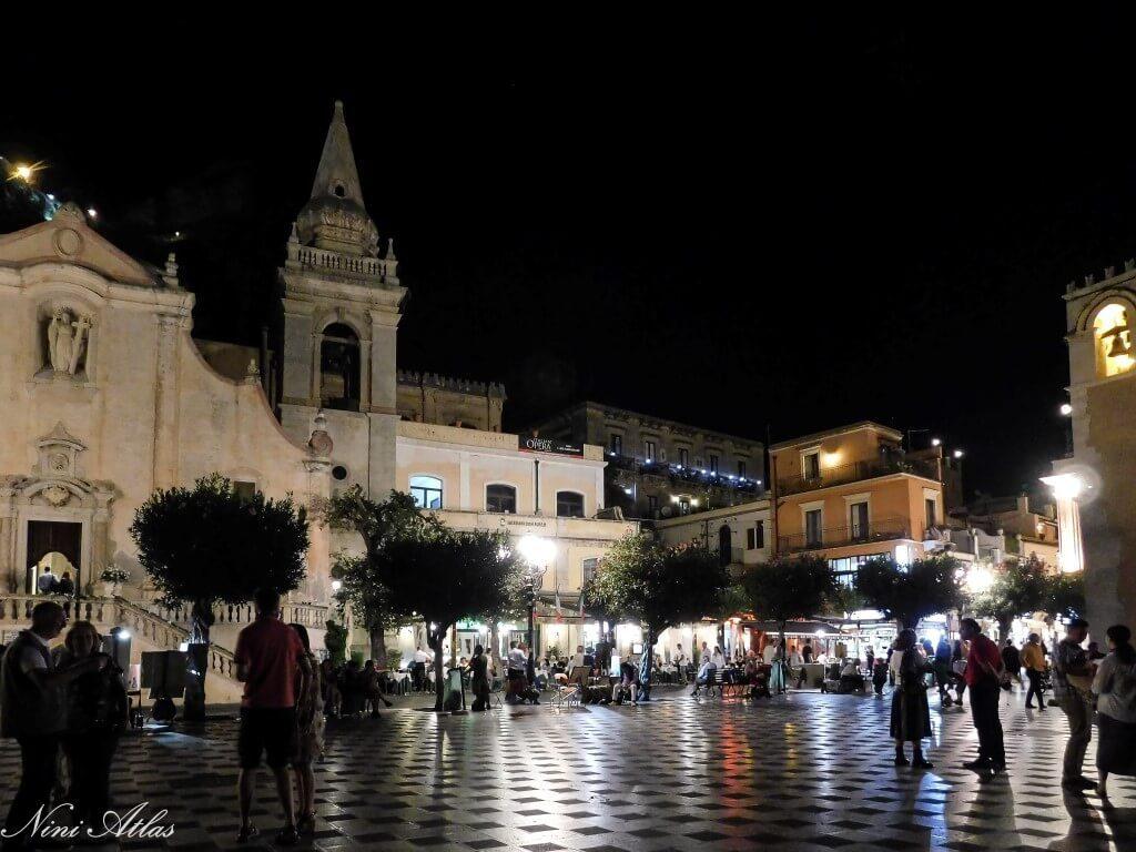Taormina, Sicily Piazza IX Aprile