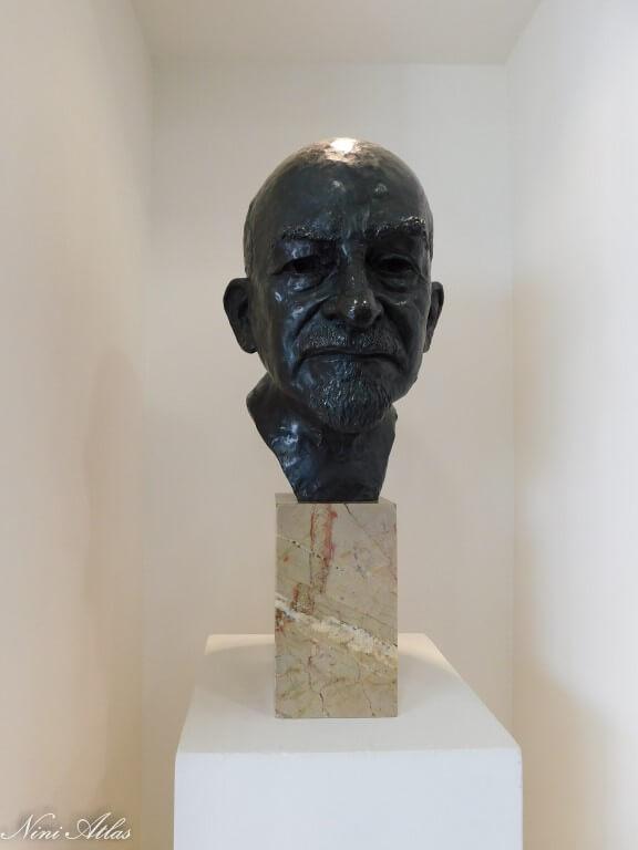 פסל של הנשיא ויצמן