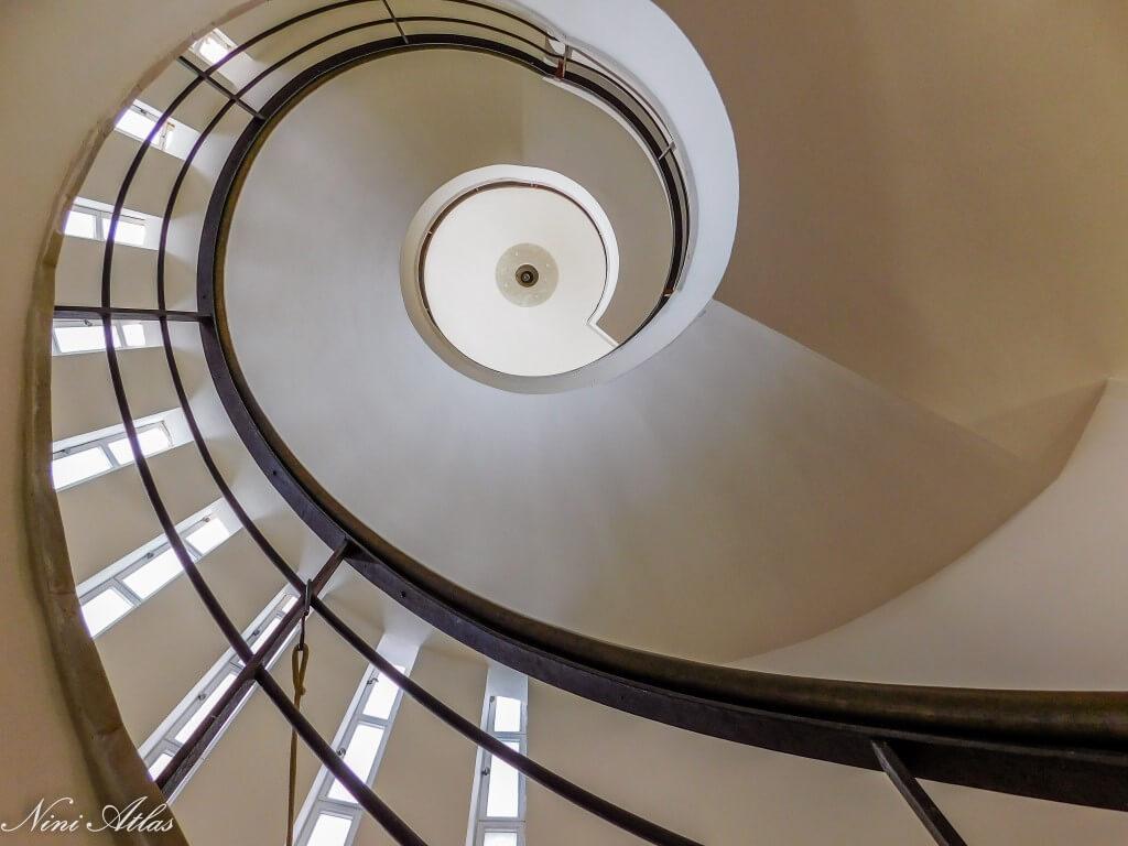 גרם המדרגות הפתלתל