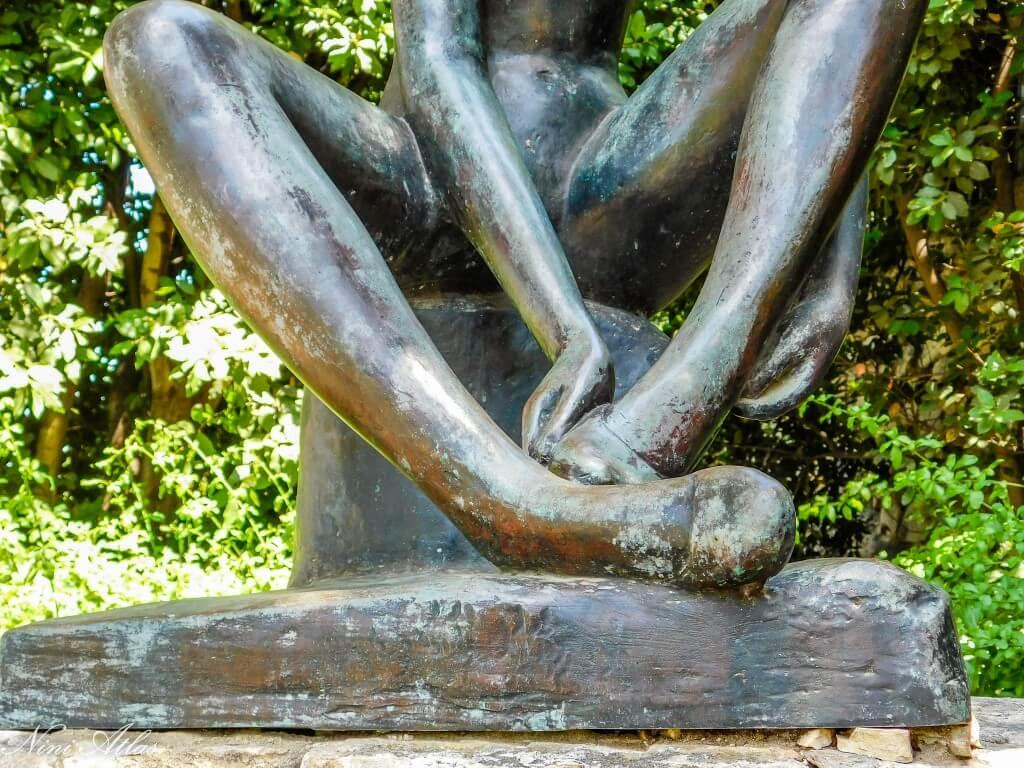 בגן הפסלים חיפה