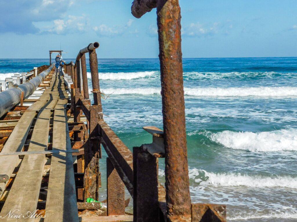 המזח הישן חוף עתלית